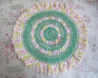 Vintage Handmade Shabby Chic Green Pink Yellow Multi Color Finely CROCHET Needlelace Doily Dresser Linen Q13