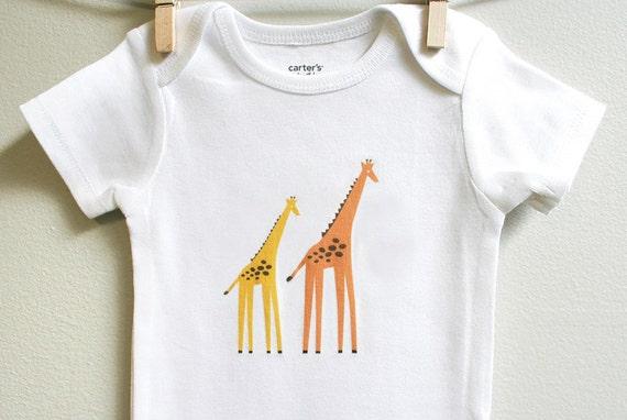 Giraffes baby clothes, giraffes baby bodysuit sizes 3 mos - 18 mos