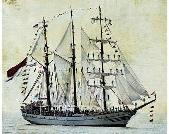 ship photography, sail boat, sailing, ocean, textures