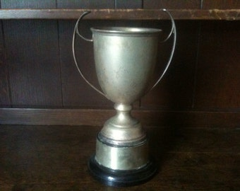 Vintage English large engraved trophy cup circa 1960-70s / English Shop