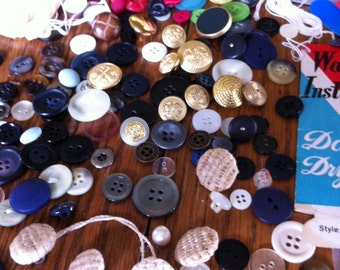 Vintage and Newer Buttons Lot of MISC Buttons Plastics, Metal, MOP, Gold, Mother Daughter, Fabric over 120 Buttons Lot Crafts or Mixed Media