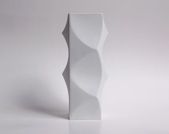 Mid Century Tall Bisque Op Art Vase by Heinrich Fuchs for Hutschenreuther, 1970s