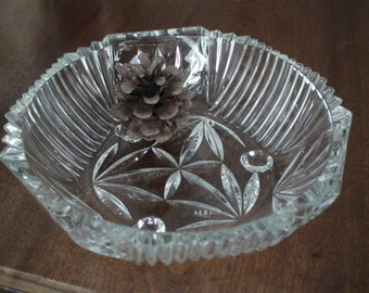 Antique Cut Glass Bowl, Round Glass Feet, Elegance on Your Table, Weddings, Dinner Parties, Gift