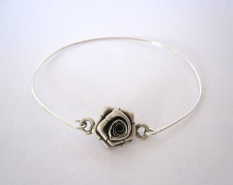 3D ROSE FLOWER sterling silver wire bangle bracelet, opens up on one side