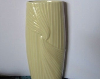 Vintage Avon Fluted Porcelain Ivory Bud Vase, 1980s, with original box