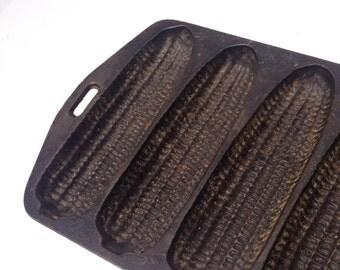 Vintage Cast Iron Corn Cob Bread Mold Metal Muffin Cake Stick Pan - #3951