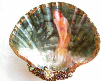 Jewelry Dish, Fairies And Pixies Medium Shell Jewelry Dish