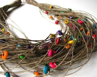 Wood colorful raindrops - linen necklace