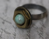 Expandable antique silver nut ring