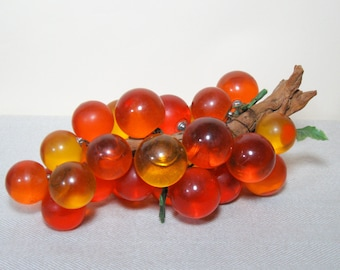 1960s Decorative Grapes Kitsch Kitchen Home Decor