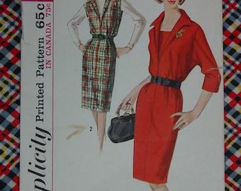 Vintage Pattern c.1964 Simplicity No.5660 Dress, Size 16