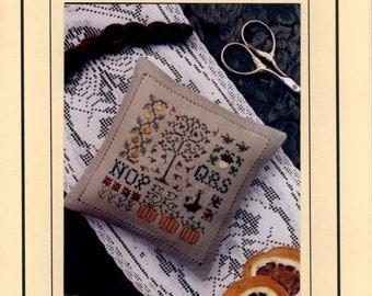 De getekende draad: Plek van de herfst (OOP) - Cross Stitch patroon met charme