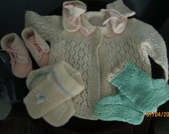 Vintage Baby Girl Clothes / Handknit Sweater Booties / 4 Pairs Booties  Sneaker