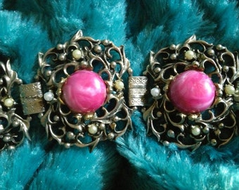 SELRO Art Nouveau Chunky Cast Pot Metal Bracelet with Peal & Marbled Pink Cabochons