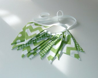 St. Patrick's Day Bunting - Green and White -  Chevron and Dots Bunting - 9 Feet