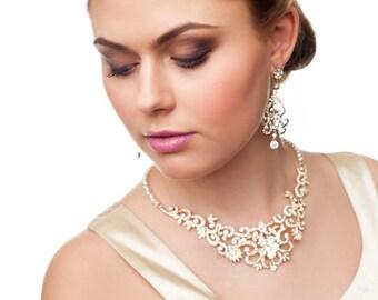 Rhinestone crystal pearl necklace. Wedding bridal pearl necklace. Wedding bridal pearl. Gold crystal necklace. Bridal wedding party.