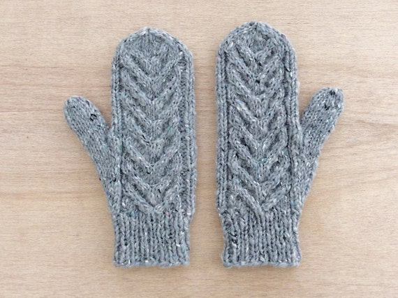 Knitted Wool Mittens Cable Pattern Mittens Grey by HappyLaika