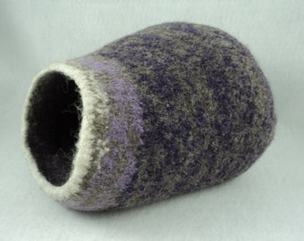 PDF Kitty Pod * Cat Cave Felted Wool Knitting Pattern