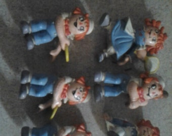 group of 6 vintage raggedy ann small figures.