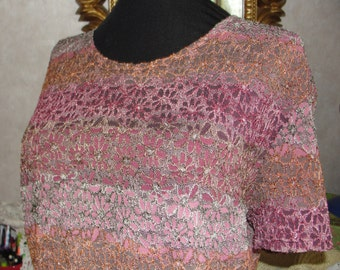 Vintage womens top in pinks and mauves