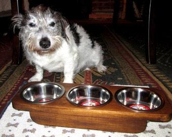 Raised Dog Feeder - Elevated Dog Feeder - Dog Feeder