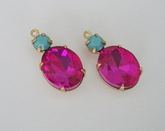 2 - Vintage Glass Stones in 1 Rings  Row  Brass Prong Settings - Fuchsia Rose Turquoise - 20 x 10 mm