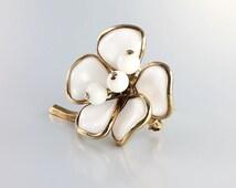 Milk glass Flower Brooch pin, Crown Trifari Brooch vintage jewelry Alfred Philippe