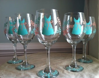 5 Personalized Bride and Bridesmaid Wine Glasses