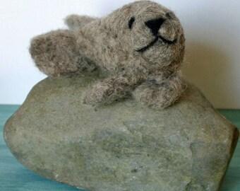 Lorna's Wool Needle Felting Kit - Seal