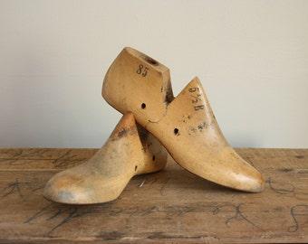 Vintage Vulcan Wood Shoe Form Pair - Vulcan Brockton 1950s