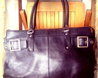 BOSS   ///    Leather Tote Case