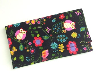 All purpose snap clutch with owls 064713