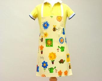Child Pvc Apron - Ditsy Daisy, Toddler Apron, Oilcloth Apron, Waterproof Apron