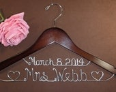 Bridal Hanger with Date & Hearts for your wedding, Personalized custom bridal hanger, brides hanger, Bridal Hanger, Wedding hanger, Bridal