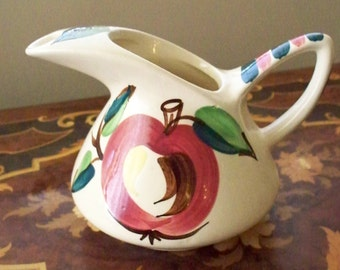 Vintage PURITAN SlipWare Earthenware Pitcher Toucan Spout Hand Decorated Apple Design Ohio Pottery Mid Century Kitchen