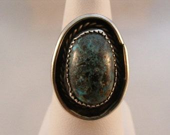Vintage Southwest Turquoise Ring in Sterling Silver  Lot 3382