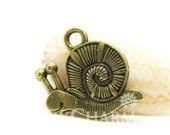 Antique Bronze Tone Mollusk Snail Charms 11x12mm - 20Pcs - DC00002