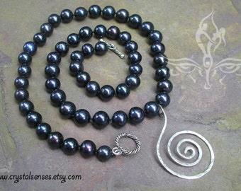 Black Cultured Fresh Water Pearl Necklace with Sterling Silver Spiral pendant