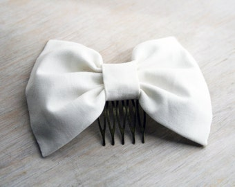 White hair bow. Bridal bow. Wedding bow. Props Girls romantic look. Lolita kawaii. Formal events. Bbirthdays to weddings.