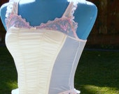 white  boned corset no cups top size small bust 34-36