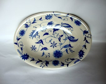 Blue Onion oval vegetable serving dish bowl Japan