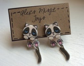 Cute Grumpy Cat Fake Gauge Clinging Earrings