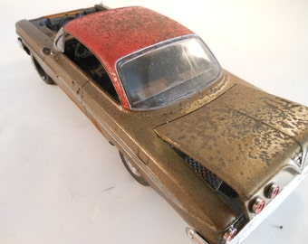 Classicwrecks, Rusted,  Chevy Impala ,1/24 Scale Model,Model Car, Red and Gold