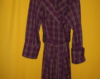 """Completely Hand Made Burgundy Wool Blend Full Length Maxi Lounge Robe, Designed with three pockets, a full clow collar, and 5"""" cuffs."""