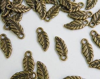 10 Leaf Charms antique bronze 17x7mm PMLF0225Y