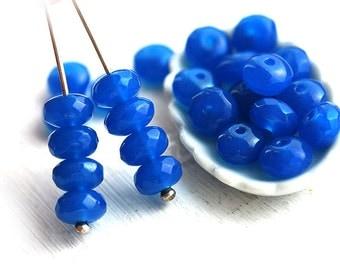 Czech spacer beads - Cornflower Blue - glass beads, donut, gemstone cut - 4x7mm - 25pc - 1593