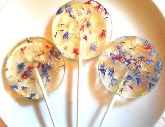 FLOWER LOLLIPOPS Bachelor Button Florets, Red, White and Blue, Edible Favors, Bachelor Buttons, Giant Lollipops, Labor Day, 3