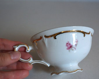 Beautiful Vintage German Tea Cup Antique Rose Pattern by Schumann Arzberg Germany - Floyd Jones Vintage
