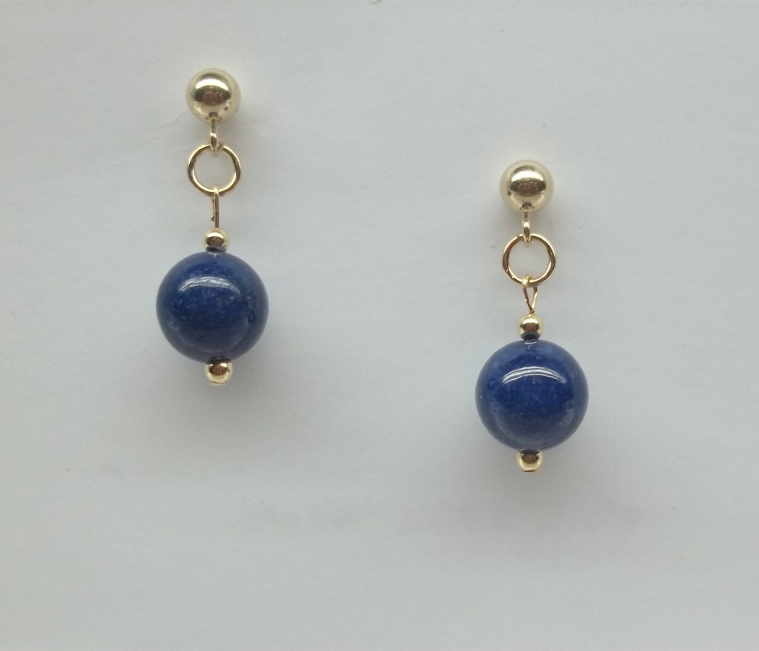blue lapis earrings solid 14kt gold earrings blue lapis lazuli