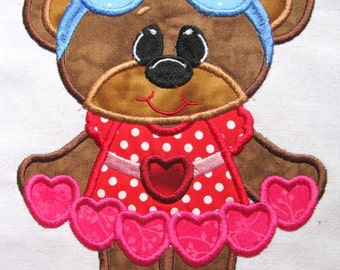 Bearly Love Hearts Machine Embroidery Applique Design - 4x4, 5x7 & 6x8